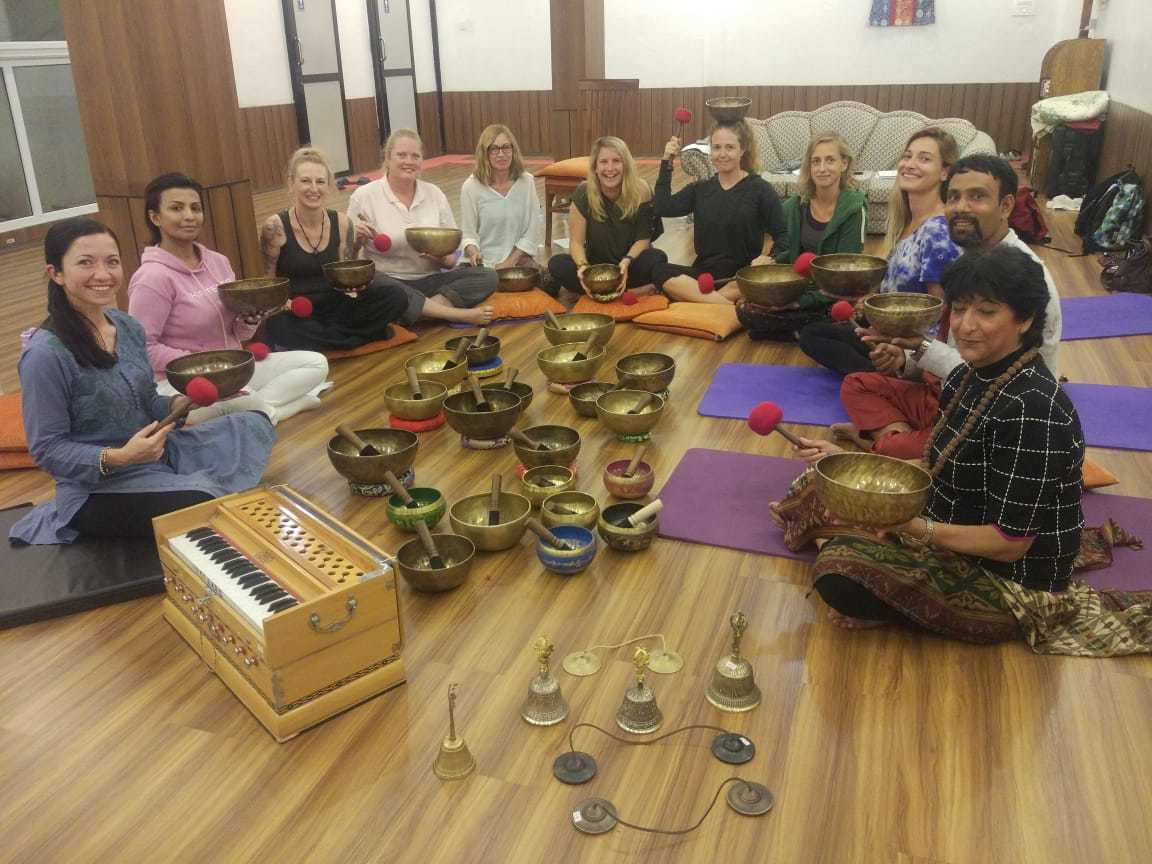 Healing bowl training in nepal